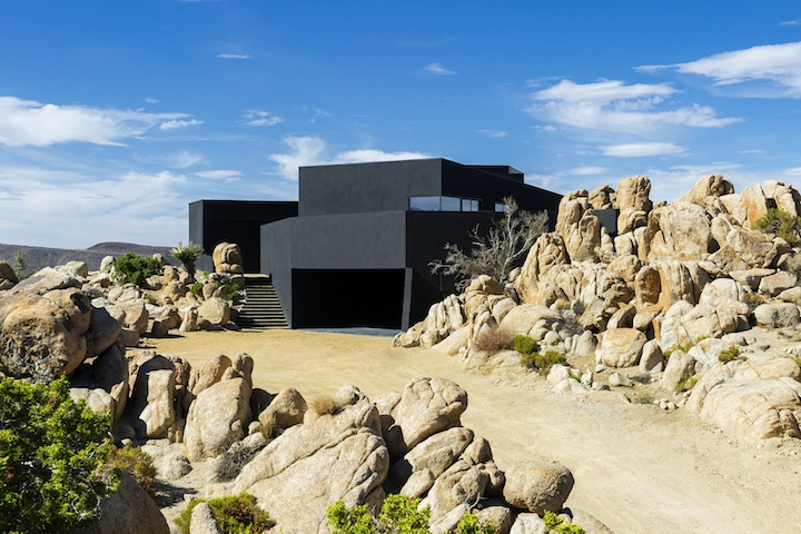 Black-Desert-House-nill-in-002